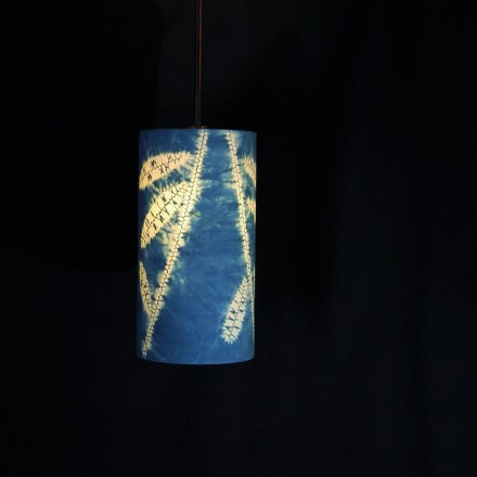 pendant indigo leaves 4