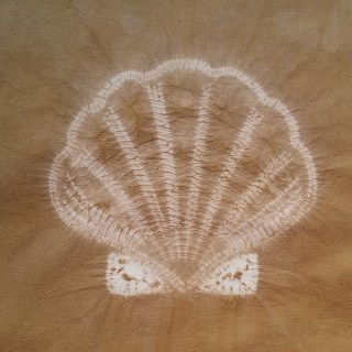 scallop shell shibori design