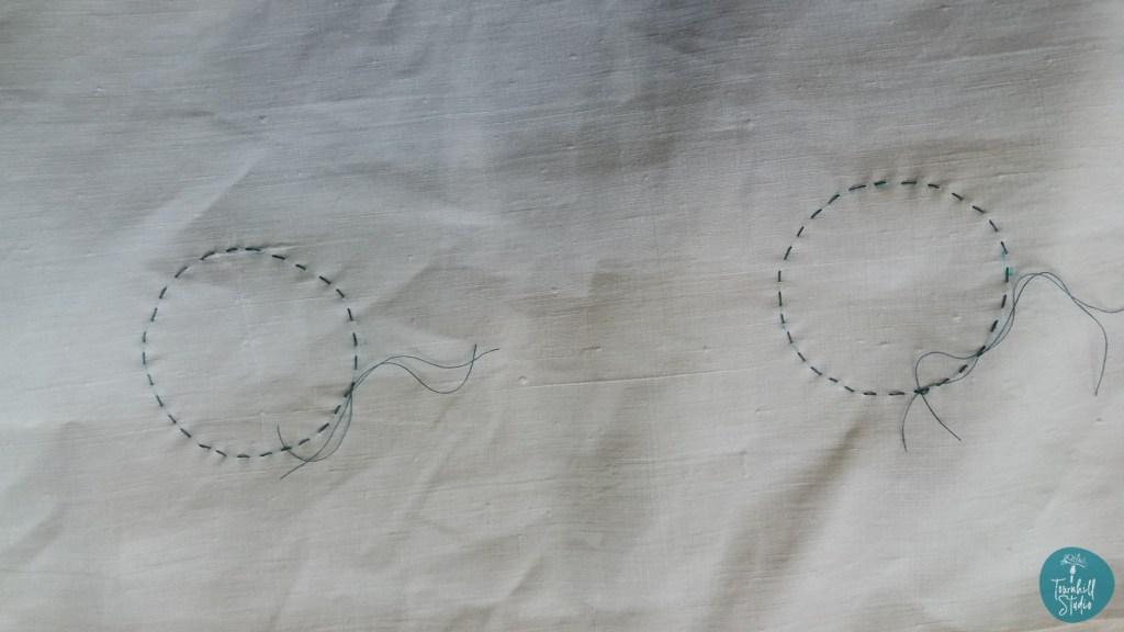 stitching circles for maki age shibori