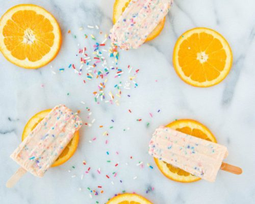 Summertime Cool Down: Funfetti Creamsicles || Town Lifestyle + Design || Looking for a fun and festive way to kick of summer and celebrate the warmer weather? Check out this easy, homemade Summertime Popsicle recipe.