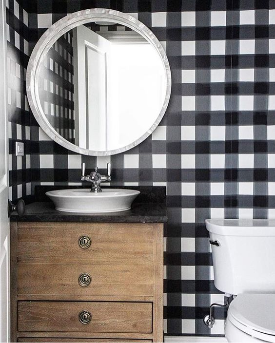 Round Mirror Round Up: 12 of My Favorites    Town Lifestyle + Design    Doing some online shopping and looking for an interesting mirror? Find 12 of my Designer favorites for any interior design style.