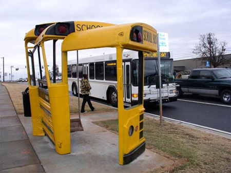 Okul Otobüs Otobüs Durağı