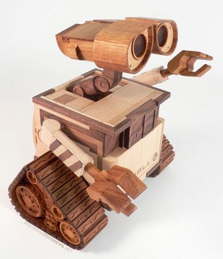 WALL-E Wooden Sculpture