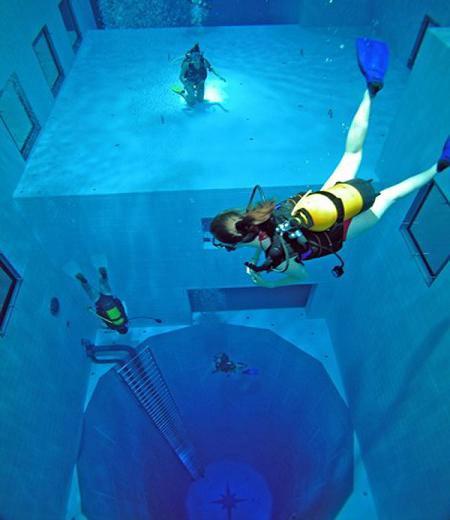 World\'s Deepest Pool