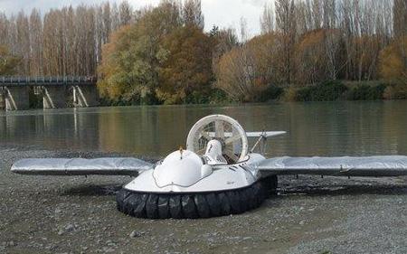 Hovercraft by Rudy Heeman