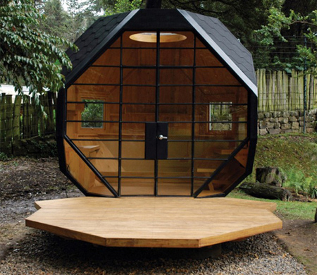 Habitable Polyhedron