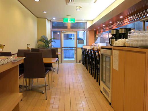 サンカレー とろとろビーフカレーと無料の本格派コーヒー