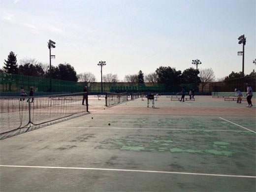 常願寺川公園 早朝・ナイターOKのテニスコート