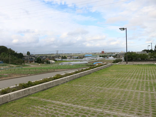 富山市納骨堂 公営のピカピカ永代供養墓