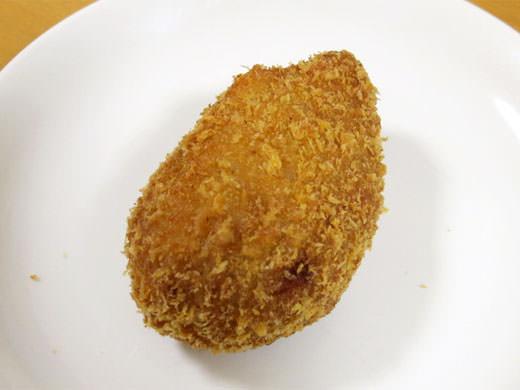 神戸屋 神明店 種類の多さに感激!肉屋の揚げたてコロッケ&唐揚げ