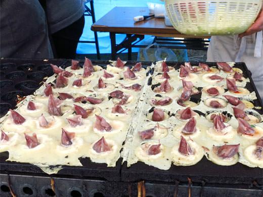 ホタルイカ祭りで天ぷらとバーガー ほたるいかミュージアム