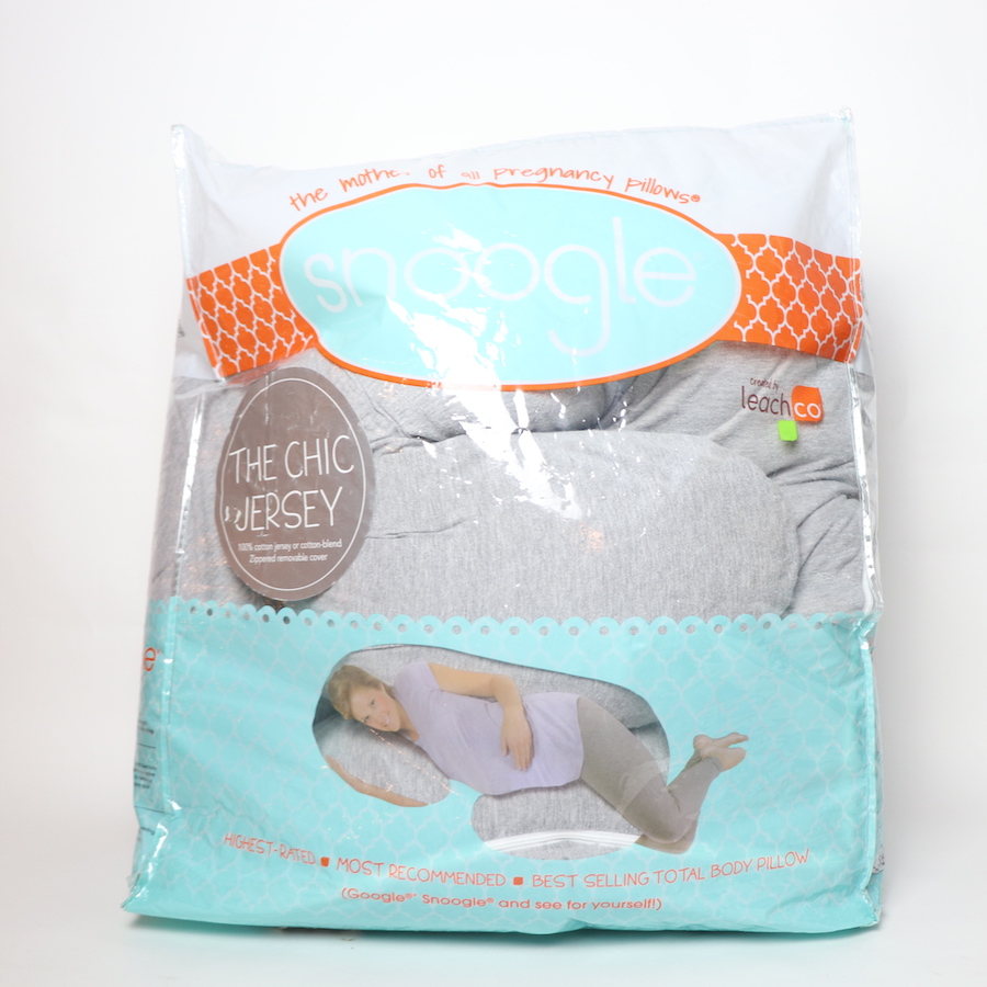 leachco snoogle chic jersey total body pregnancy pillow