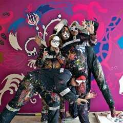Art Wallet - Toyists Lodieteb - Toyism Art Movement