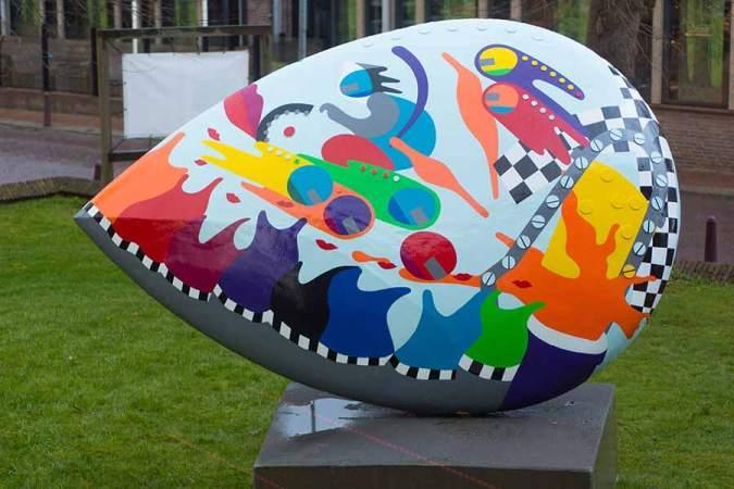 Sculpture - Assen Upside Down - Horsepower Mania - Toyism Art Movement