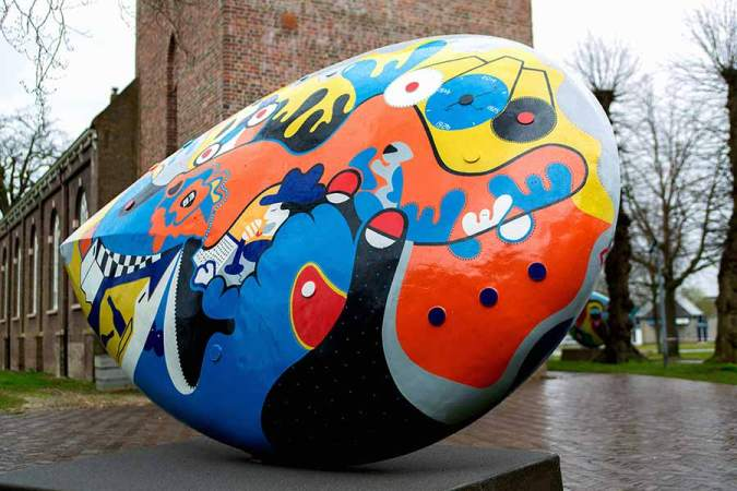 Sculpture - Zeitgeist of the Racing Scene - Horsepower Mania - Toyism Art Movement