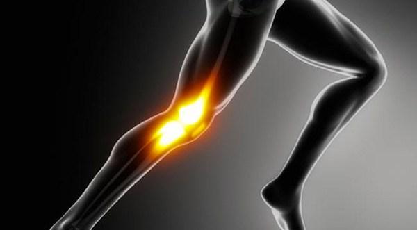 ランニングで膝の痛み!『ランナー膝』の治し方・ストレッチ・筋トレ法