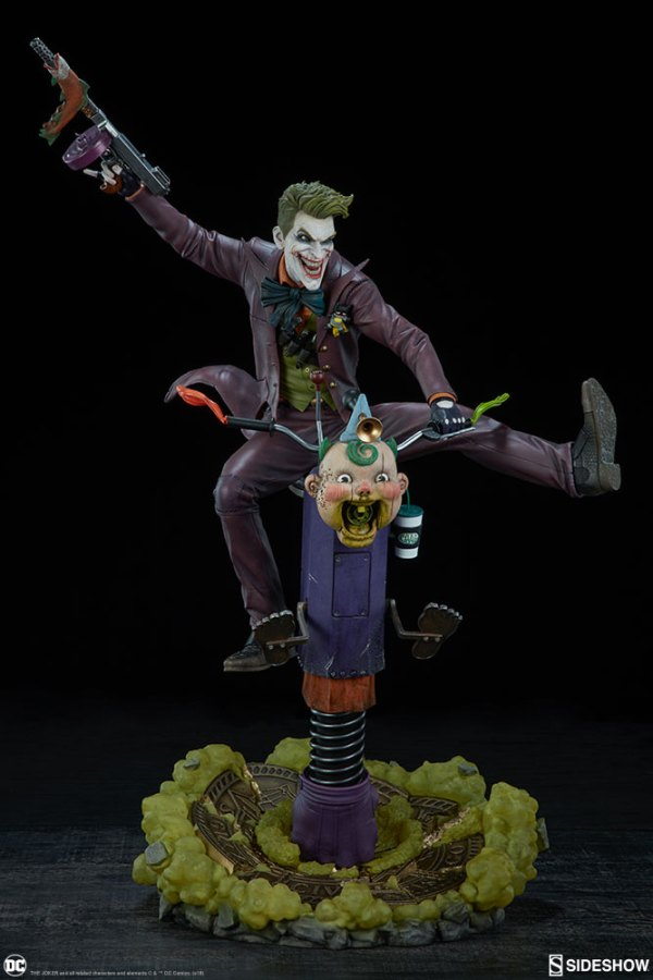 dc-comics-the-joker-premium-format-figure-sideshow-300473-06