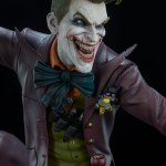 dc-comics-the-joker-premium-format-figure-sideshow-300473-15