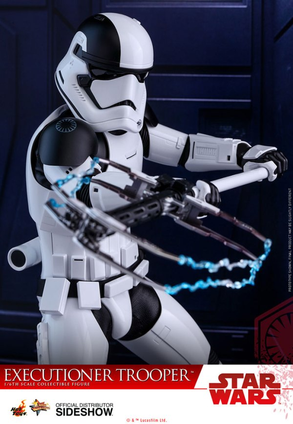 star-wars-executioner-trooper-sixth-scale-figure-hot-toys-903083-04