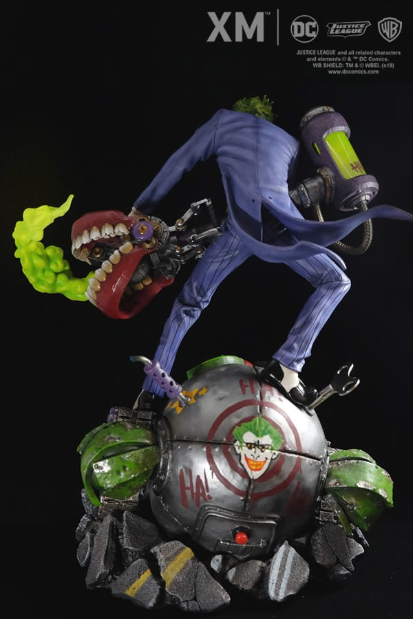 xm-studios-the-joker-rebirth-series-sixth-scale-statue-img10