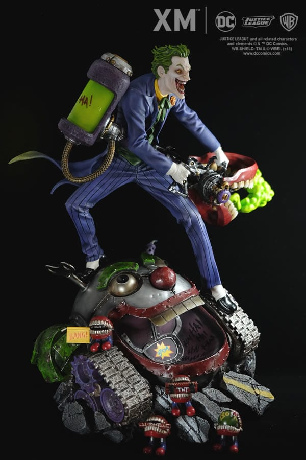 xm-studios-the-joker-rebirth-series-sixth-scale-statue-img12
