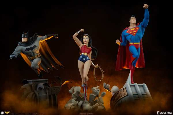 dc-comics-wonder-woman-animated series-collection-statue-sideshow-200544-27