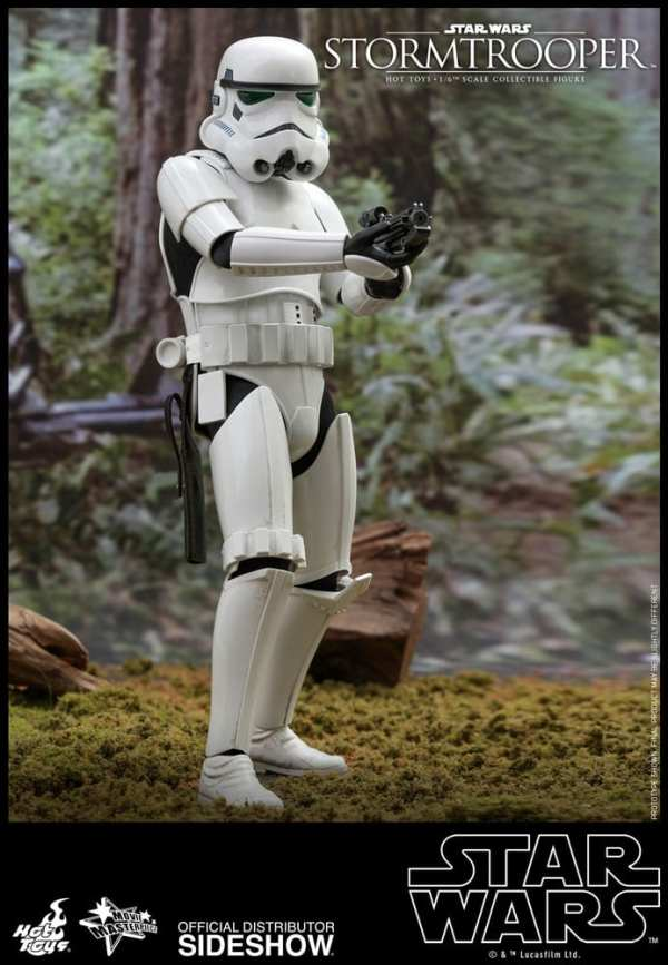star-wars-stormtrooper-sixth-scale-figure-hot-toys-904212-01