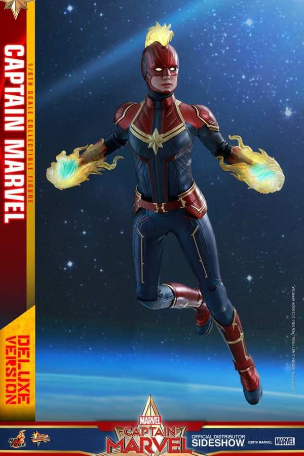 captain-marvel-deluxe-version-1-6-scale-figure-hot-toys-img01