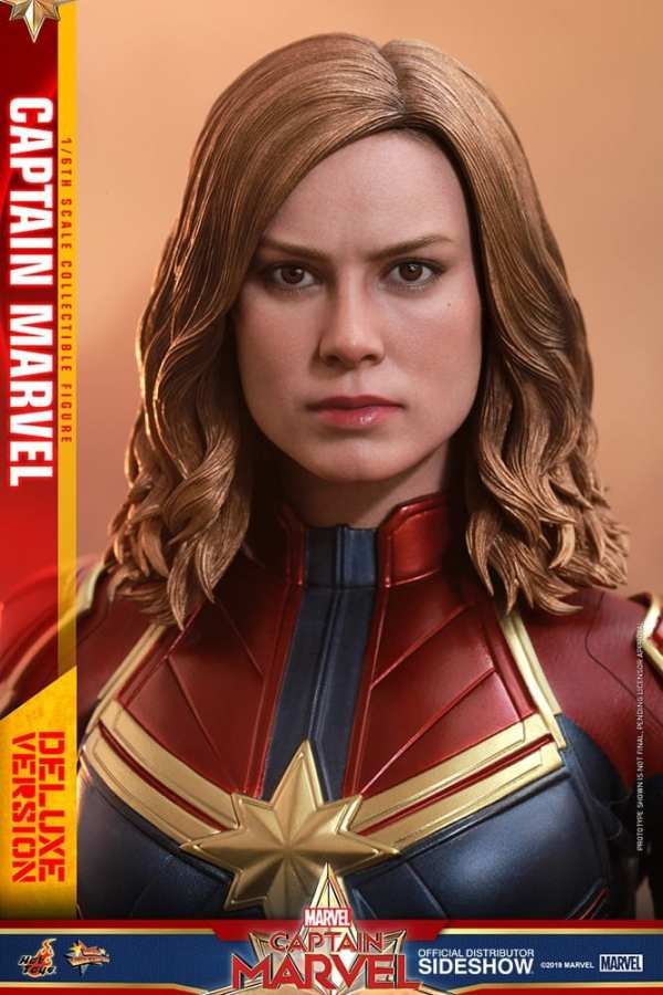 captain-marvel-deluxe-version-1-6-scale-figure-hot-toys-img15