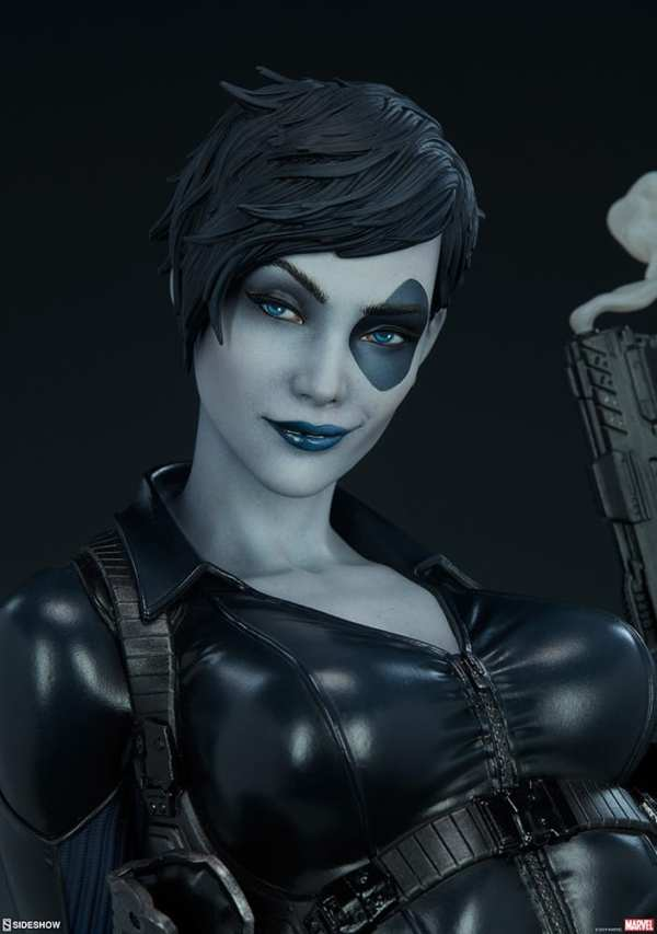 domino-premium-format-figure-sideshow-collectibles-marvel-statue-img13