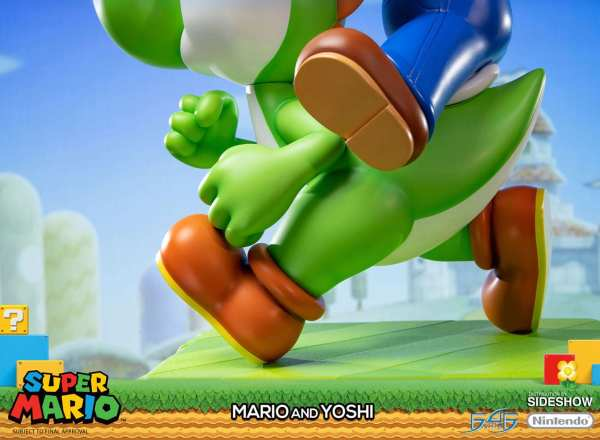 mario-and-yoshi-statue-first-4-figures-nintendo-licensed-img15