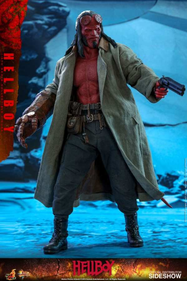 hot-toys-hellboy-sixth-scale-1-6-scale-figure-mms527-img07