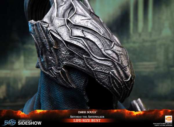 first4figures-artorias-the-abysswalker-dark-souls-life-size-bust-1-1-scale-collectibles-img05