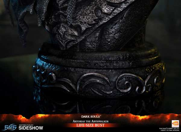 first4figures-artorias-the-abysswalker-dark-souls-life-size-bust-1-1-scale-collectibles-img20