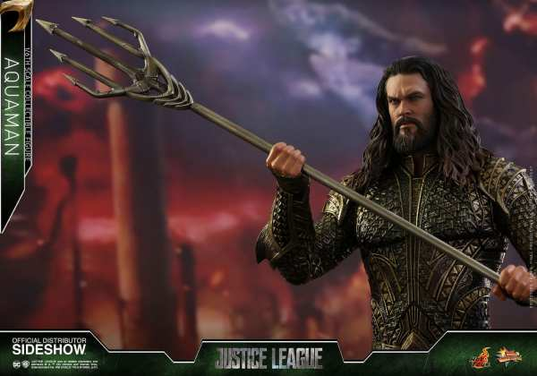 hot-toys-aquaman-justice-league-sixth-scale-figure-mms-447-marvel-img13