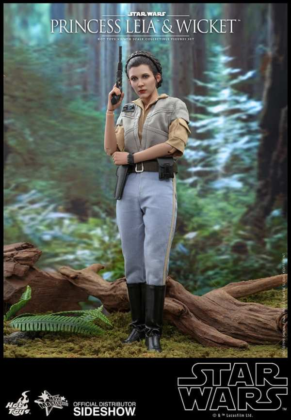hot-toys-princess-leia-and-wicket-sixth-scale-figure-set-star-wars-mms551-img12