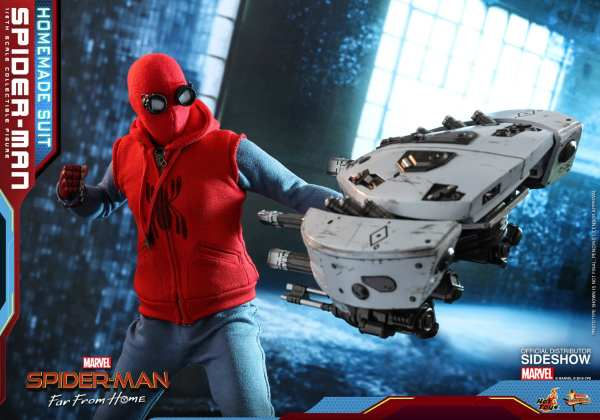 hot-toys-spider-man-homemade-suit-sixth-scale-figure-far-from-home-mms552-img04