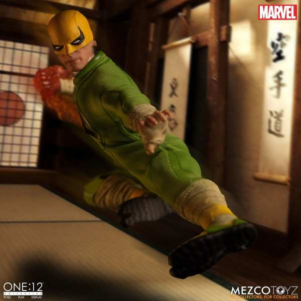 mezco-toyz-one12-collective-iron-fist-1-12-scale-figure-marvel-img03