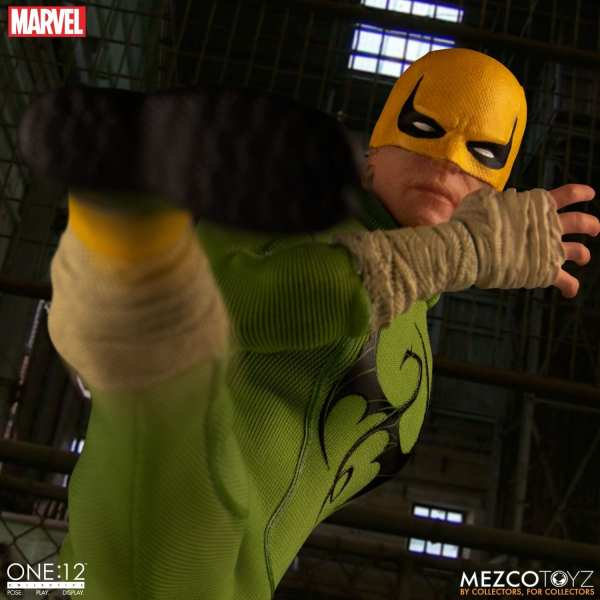mezco-toyz-one12-collective-iron-fist-1-12-scale-figure-marvel-img06