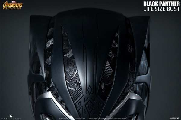 queen-studios-black-panther-life-size-1-1-scale-bust-marvel-collectibles-img09