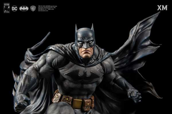 xm-studios-batman-hush-1-6-scale-statue-iconic-cover-art-dc-comics-img01