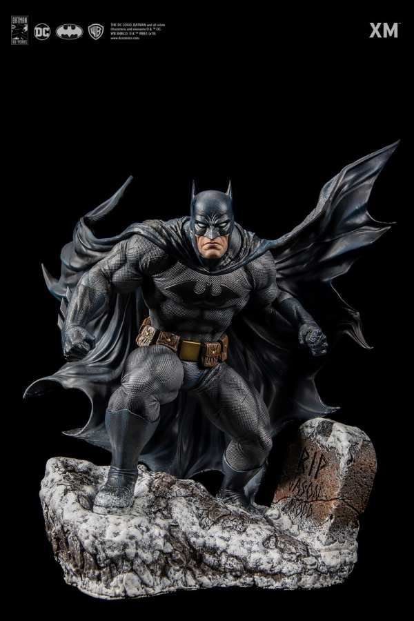 xm-studios-batman-hush-1-6-scale-statue-iconic-cover-art-dc-comics-img03