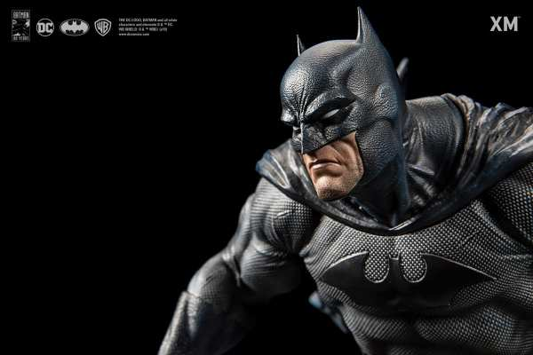 xm-studios-batman-hush-1-6-scale-statue-iconic-cover-art-dc-comics-img12
