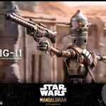 hot-toys-ig-11-sixth-scale-figure-mandalorian-star-wars-collectibles-tms008-img02