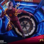 hot-toys-the-flash-sixth-scale-figure-the-flash-tv-series-tms009-img03