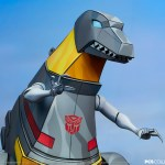 pcs-collectibles-grimlock-classic-scale-statue-transformers-pop-culture-shock-img20