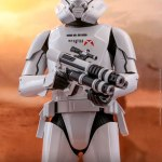 hot-toys-jet-trooper-mms-561-star-wars-rise-of-skywalker-collectibles-img05