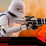 hot-toys-jet-trooper-mms-561-star-wars-rise-of-skywalker-collectibles-img12