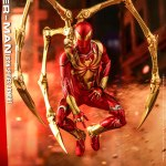 hot-toys-spider-man-iron-spider-armor-sixth-scale-figure-marvel-collectibles-vgm38-img02