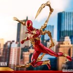 hot-toys-spider-man-iron-spider-armor-sixth-scale-figure-marvel-collectibles-vgm38-img11